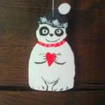 Panda mit Mütze, gross, Sperrholz bemalt