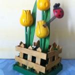 Holz-Tulpen gelb, mit Marienkäfer